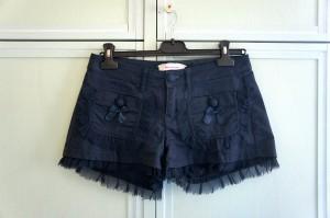 Shorts in vendita