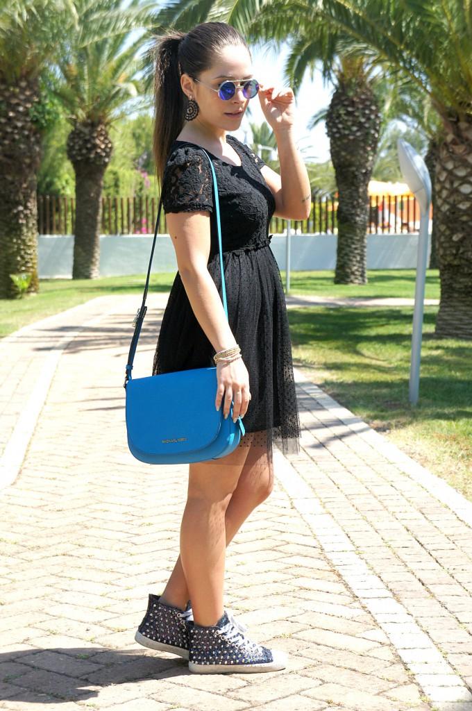 Vestito nero in tulle con borsa Michael Kors
