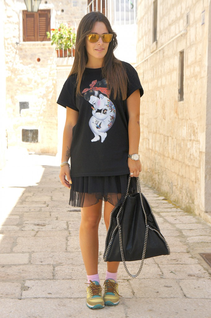 Total black & sneakers Saucony