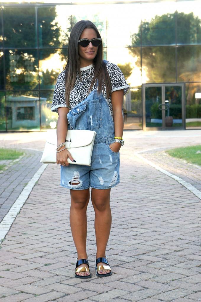 salopette di jeans