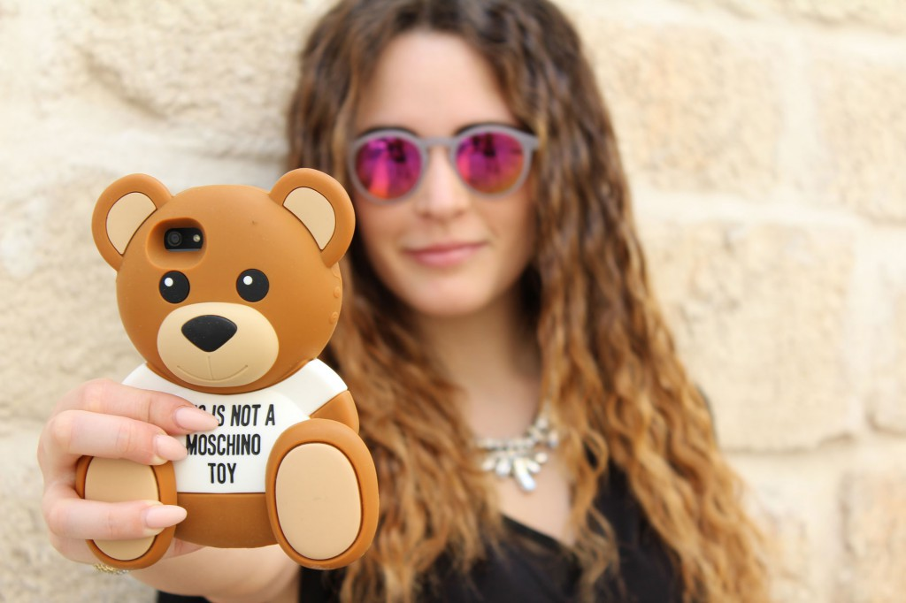 cover moschino teddy bear