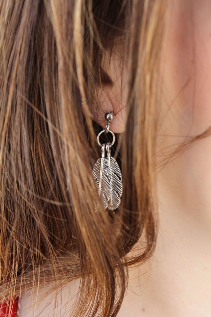 orecchino piuma