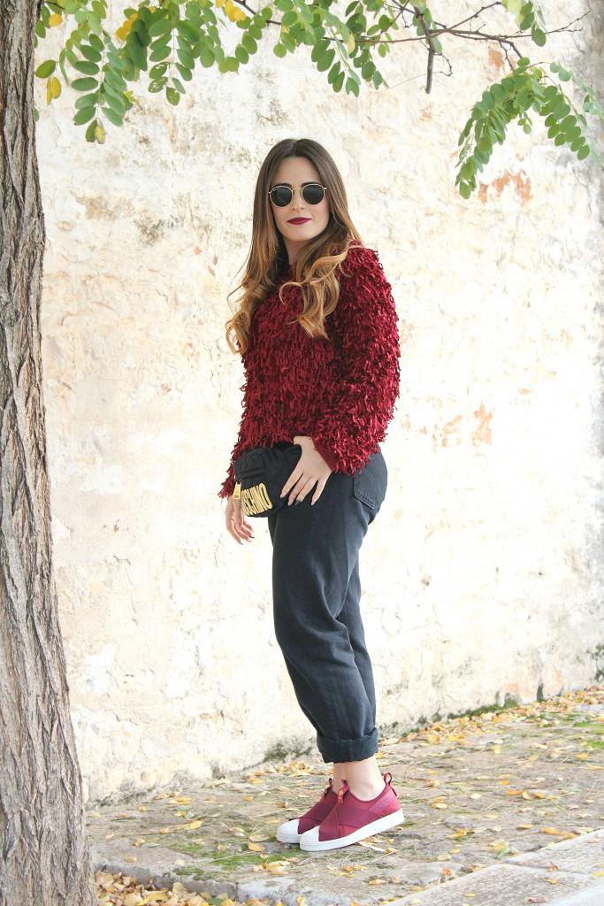 maglione con le frange