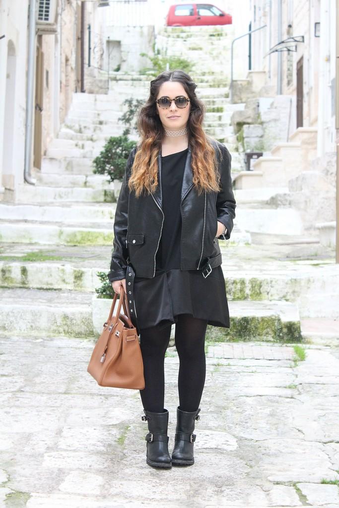 vestito nero semplice