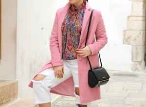 Jeans bianchi e 50 sfumature di rosa