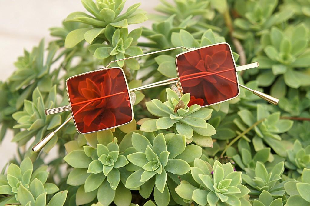 occhiali da sole quadrati specchiati