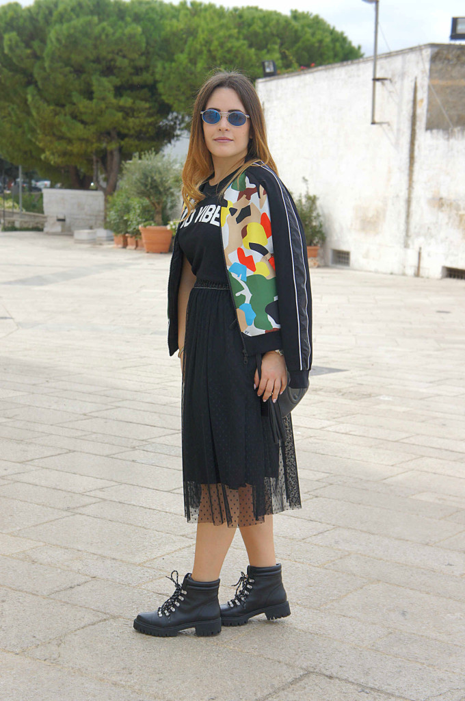 gonna in tulle nera street style