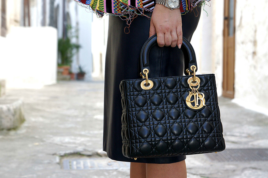 lady dior street style