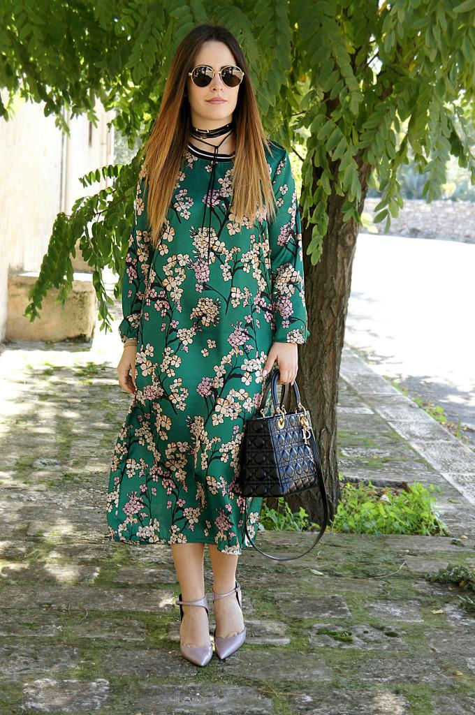 abito verde a fiori