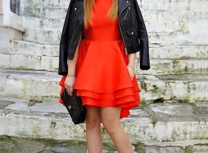 Idea look per San Valentino: un abito rosso Sasha Closet