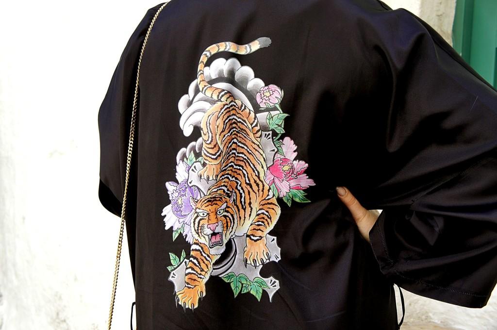kimono tiger